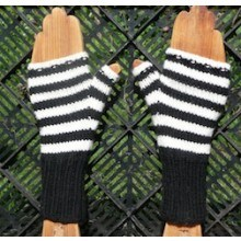 Striped Fingerless gloves - Knitting kit