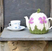 Special Offer: Poppy Tea Cosy knitting kit & 10 Knitted Cosies pattern book