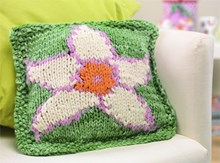 Spring daffodil cushion cover - Downloadable knitting pattern